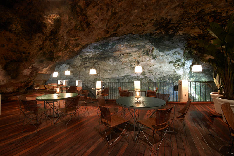 restaurant inside a cave cavern itlay grotta palazzese 6 The Seaside Restaurant Set Inside a Cave