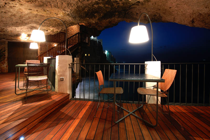 restaurant inside a cave cavern itlay grotta palazzese 7 The Seaside Restaurant Set Inside a Cave