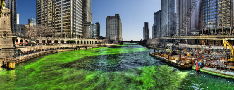 chicago river green st patricks day 12 Places Around the World That Turn Green for St. Patricks Day