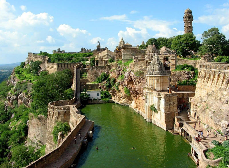chittorgarh fort rajasthan india Picture of the Day: Chittorgarh, The Largest Fort In India