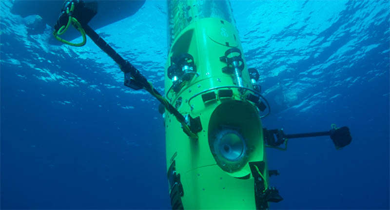 deep sea challenger underwater james cameron sub 2 Everything You Need to Know About James Cameron and the Deep Sea Challenge