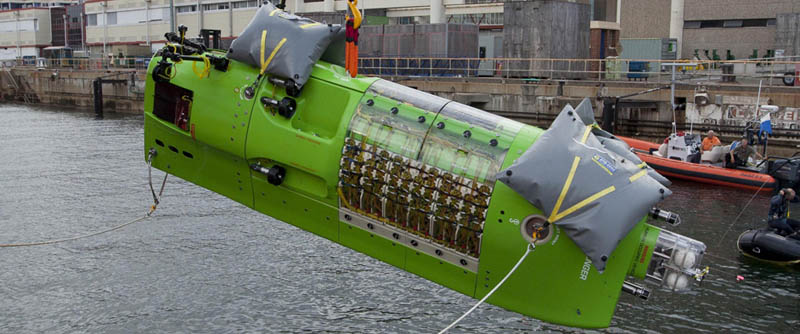 deep sea challenger vertical torpedo sub Everything You Need to Know About James Cameron and the Deep Sea Challenge