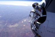 Picture of the Day: Felix Baumgartner Jumps From 71,580 Feet