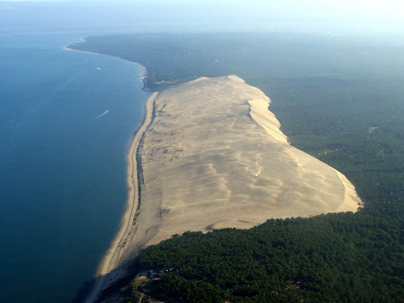 great dune of pyla tallest sand dune in europe 2 The Tallest Sand Dune in Europe