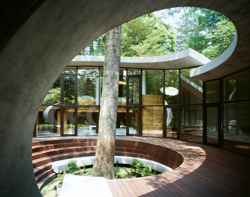 japanese oval sushi roll house villa cottage 11 An Oval Shaped Villa in the Forests of Japan
