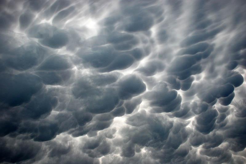 mammatus storm clouds san antonio 15 Incredible Cloud Formations
