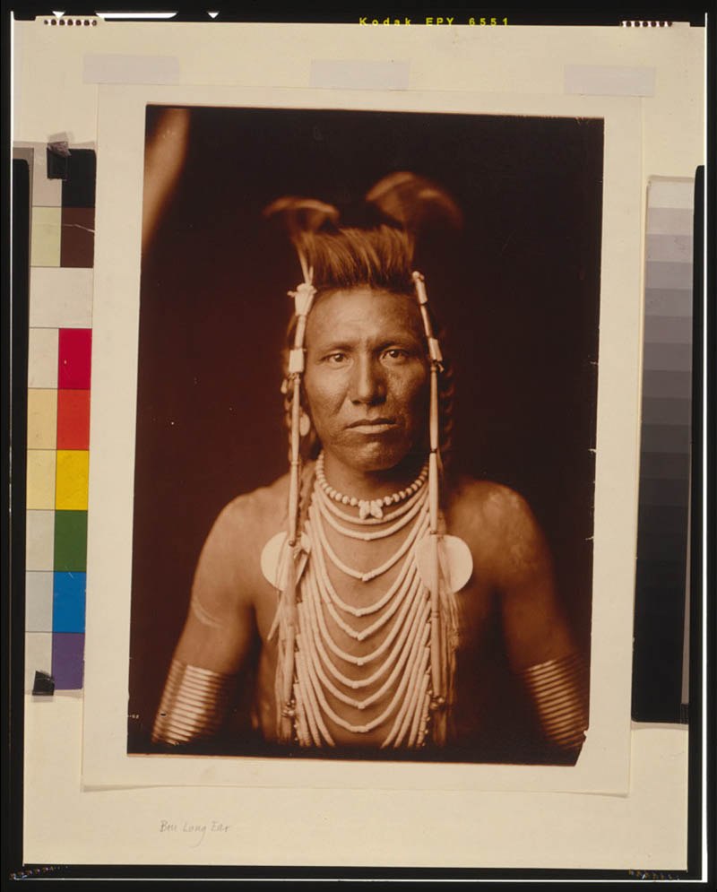 native american portraits by edward s curtis early 1900s 6 Portraits of Native Americans from the Early 1900s