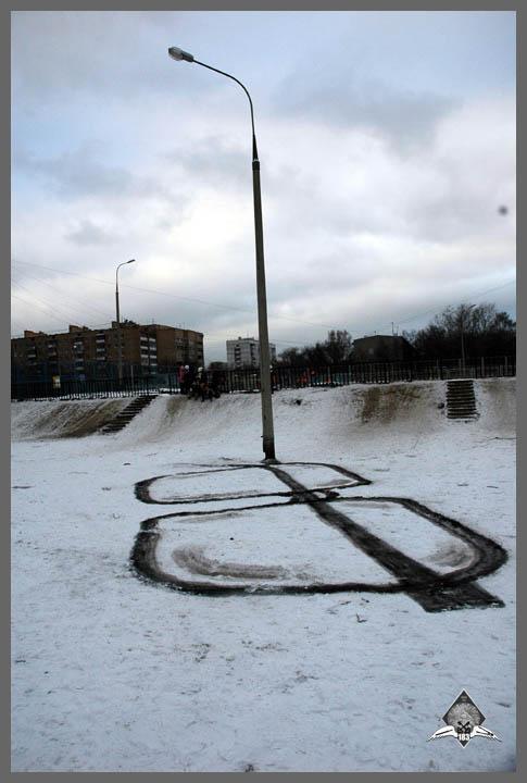 pavel p183 street art russian banksy banksi 11 16 Fresh Pieces by Russian Street Artist P183