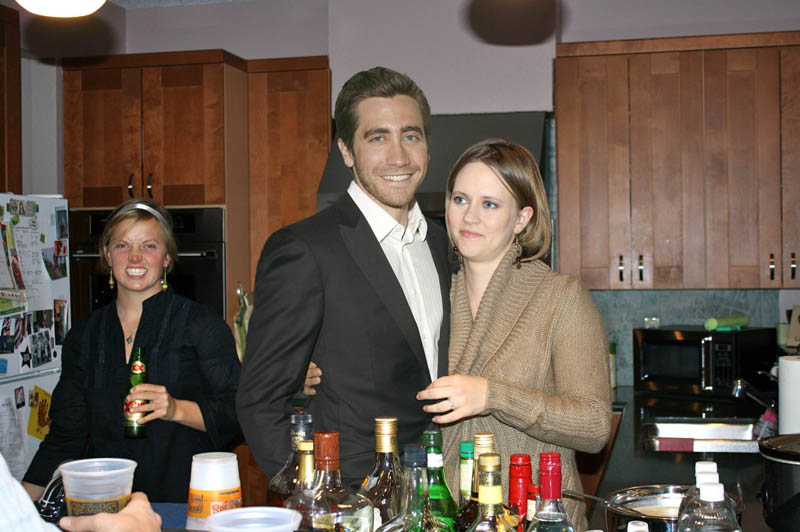 photoshopping famous people celebrities into holiday party 25 This is What Happens When You Photoshop Celebrities Into Your Holiday Party
