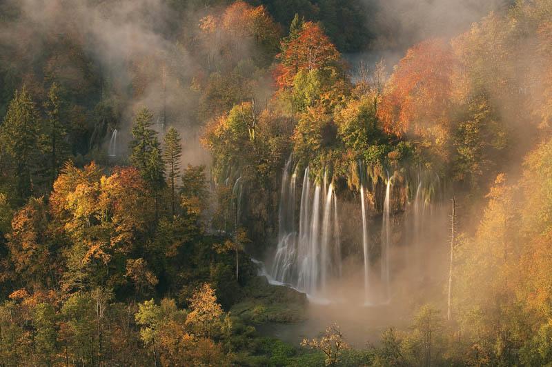 plitvice lakes national park croatia in autumn Picture of the Day: Plitvice Lakes National Park in Autumn