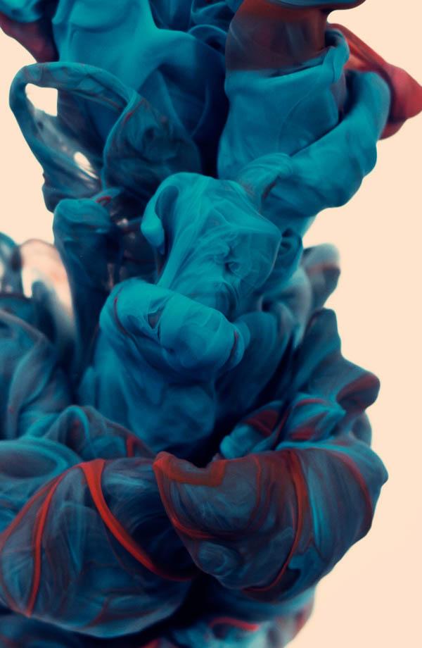 plumes of ink underwater alberto seveso 1 Incredible Plumes of Ink Photographed Underwater