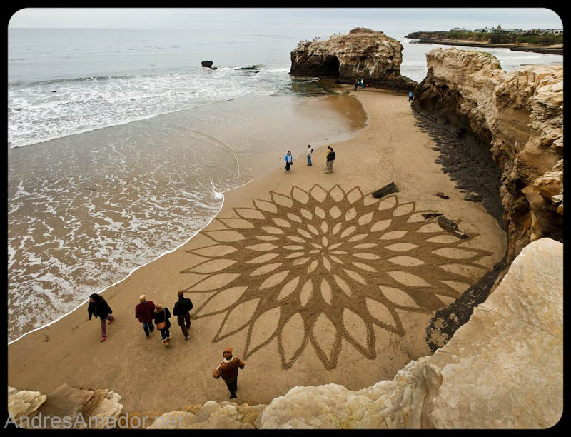 sand beach art andres amador 11 The Incredible Beach Art of Andres Amador