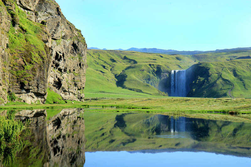 skogafoss waterfall iceland skogar Picture of the Day: The Breathtaking Skogafoss Falls in Iceland