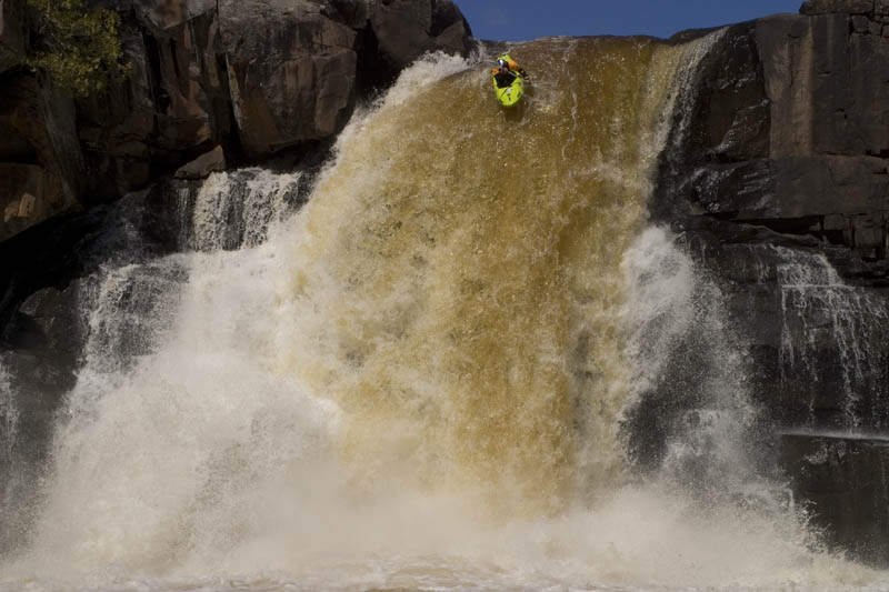 whitewater kayaking red bull desre pickers 1 The Top 30 Whitewater Kayaking Photos by Red Bull