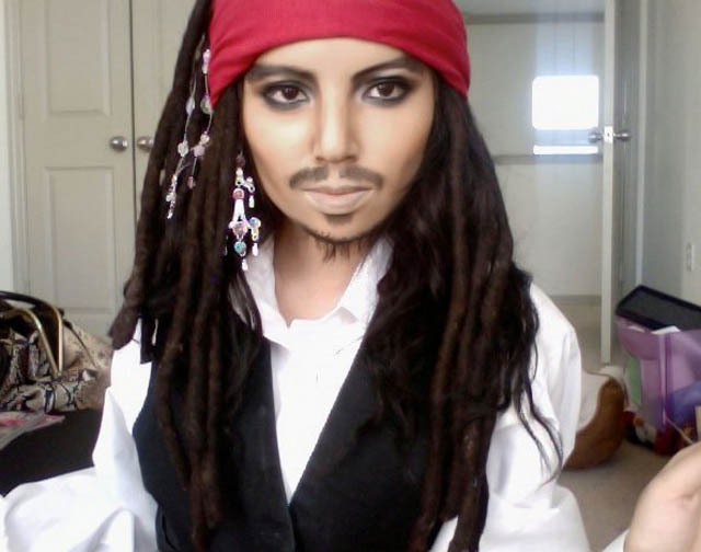 captain jack sparrow depp youtube makeup celebrity promise pham 21 Amazing Transformations by a YouTube Makeup Queen
