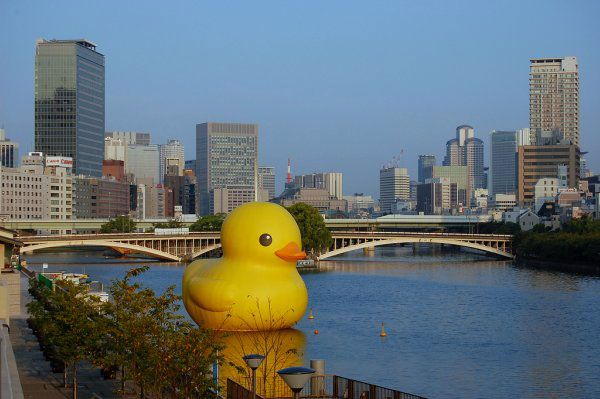 giant inflatable rubber ducky florentijn hofman osaka japan 2 The World Travels of a Giant Rubber Duck