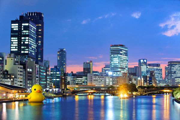 giant inflatable rubber ducky florentijn hofman osaka japan 3 The World Travels of a Giant Rubber Duck