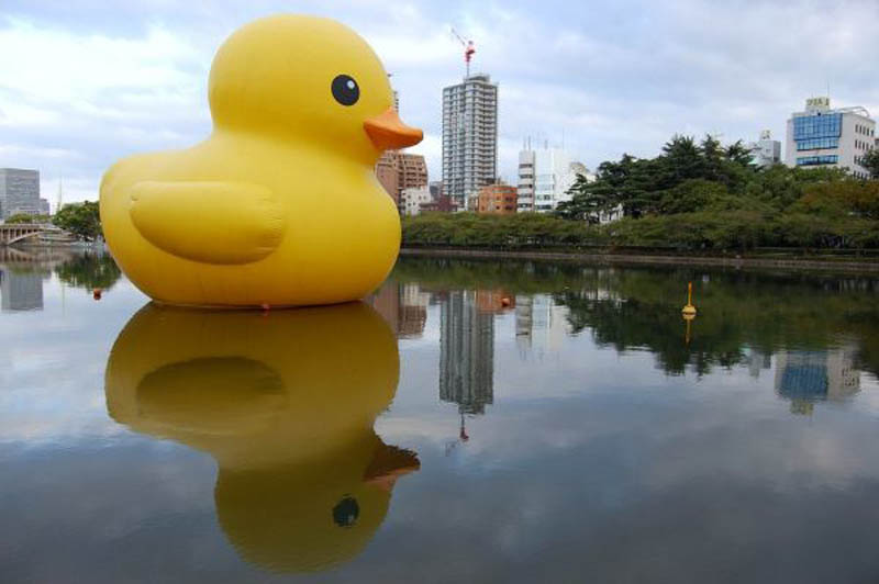 giant inflatable rubber ducky florentijn hofman osaka japan 4 cover A Gigantic Rubber Duck Makes Its First Visit to China