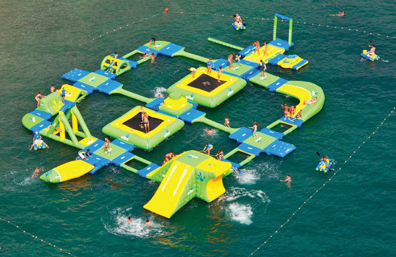 giant inflatable water parks wibit sports modular 11 The Most Amazing Inflatable Water Parks Ever