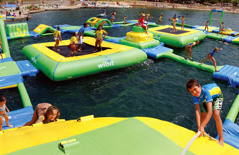 giant inflatable water parks wibit sports modular 4 The Most Amazing Inflatable Water Parks Ever