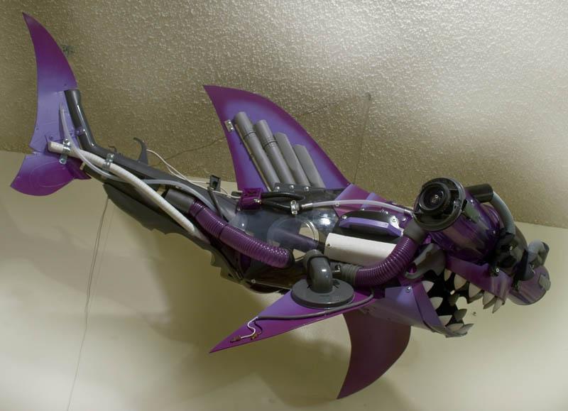 hammerhead vacuum shark joe joseph carnevale Sculptures Made From Everyday Objects