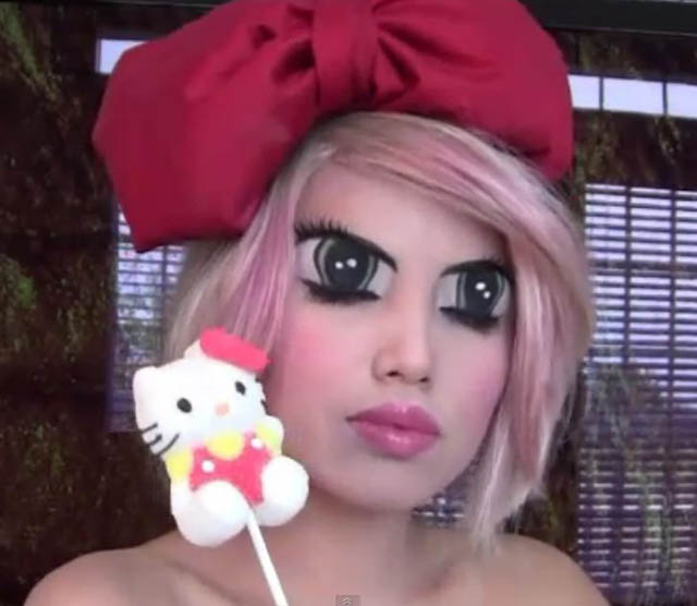 lady gaga anime youtube makeup celebrity promise pham 21 Amazing Transformations by a YouTube Makeup Queen
