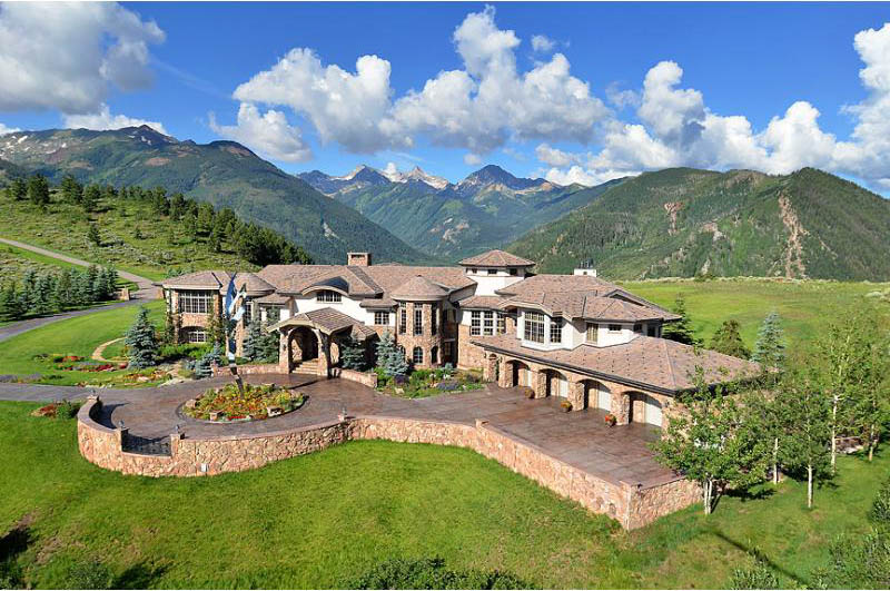 mansion in the mountains aspen snowmass colorado 15 A Mansion in the Mountains