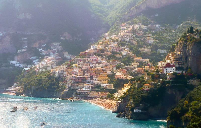positano italy Picture of the Day: A Sunny Day in Positano, Italy