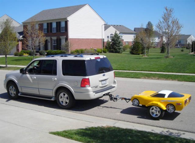 trailers that look like miniature cars 14 16 Bizarre Trailers That Look Like Miniature Cars