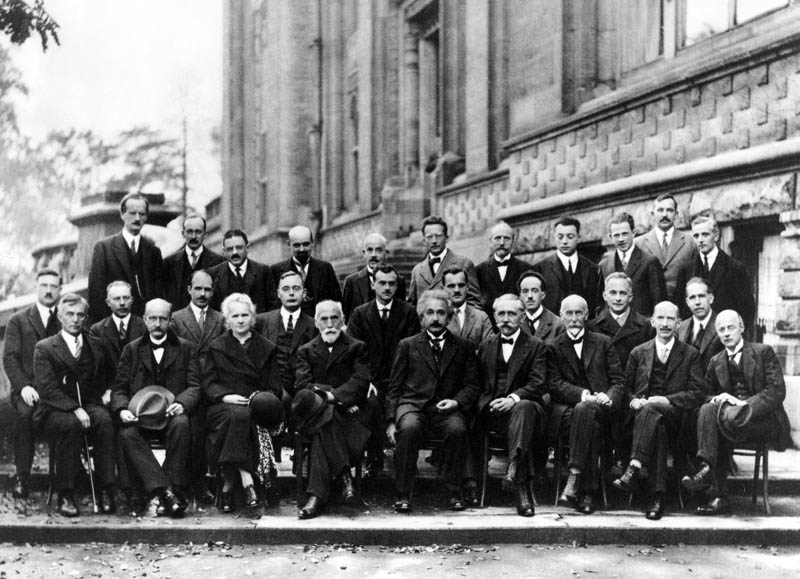 5th solvay conference 1927 einstein bohr curie Portraits of the Queen with the Last 12 U.S. Presidents