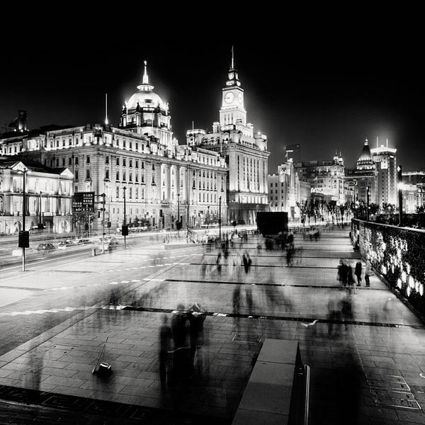 black and white cityscape night photography martin stavars 11 Dramatic Black and White Cityscapes at Night