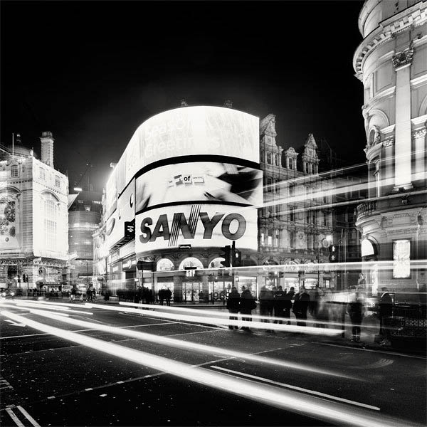 black and white cityscape night photography martin stavars 4 Dramatic Black and White Cityscapes at Night