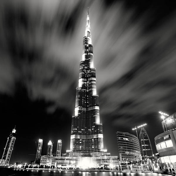 black and white cityscape night photography martin stavars 7 Dramatic Black and White Cityscapes at Night
