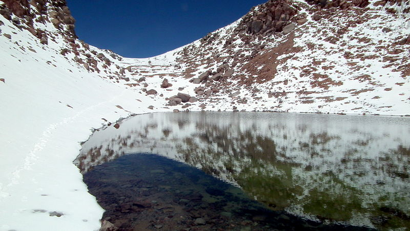 crater lake licancabur bolivia 15 of the Most Beautiful Crater Lakes in the World