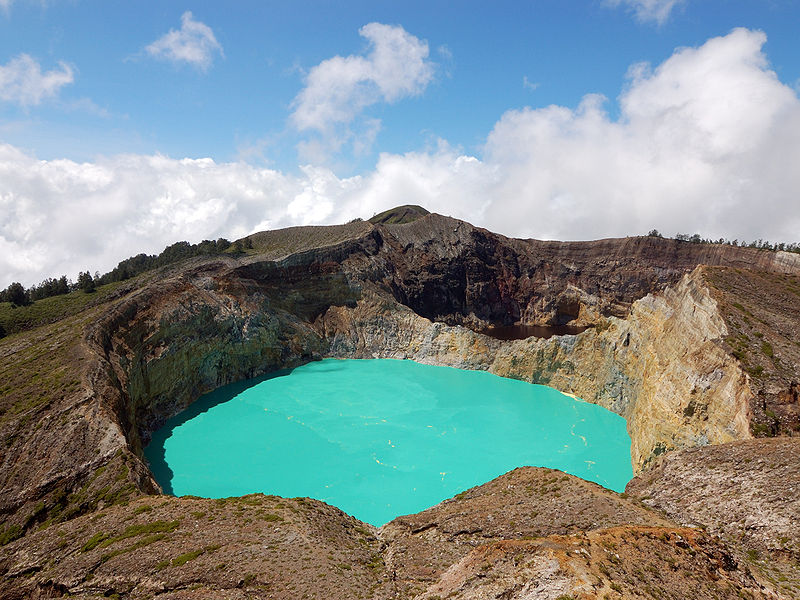 kelimutu crater lake flores island indonesia 15 of the Most Beautiful Crater Lakes in the World