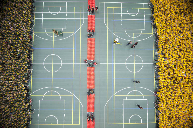 largest game of dogeball in the world The Largest Game of Dodgeball in the World