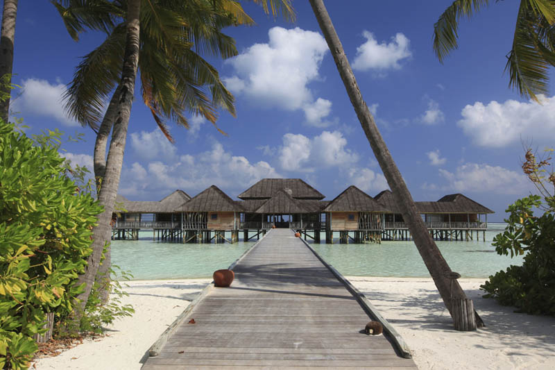 maldives resorts on the water stilt houses 1 The Amazing Stilt Houses of Soneva Gili in the Maldives