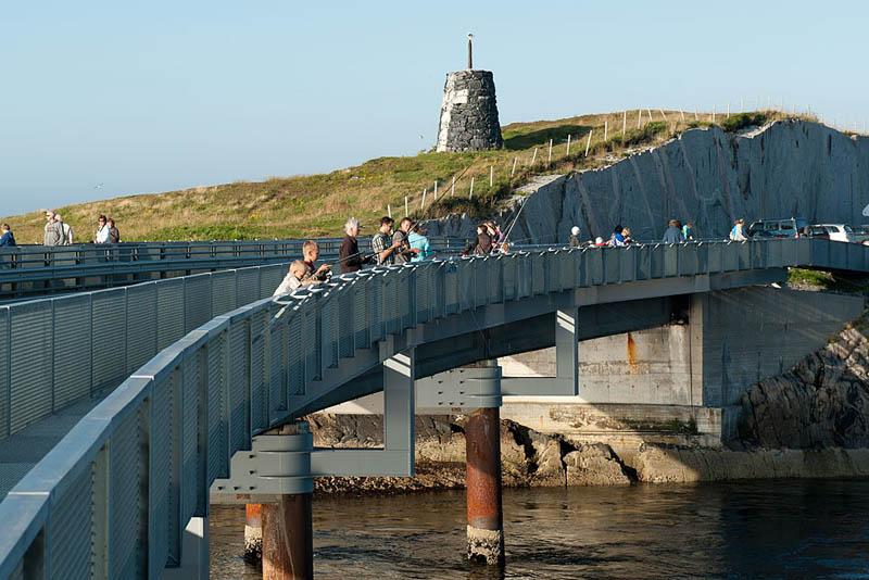 myrbc3a6rholmbrua 4 The Atlantic Road: Norways Construction of the Century