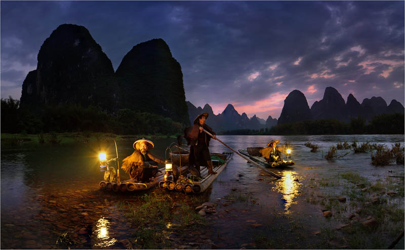 night fishing in china Picture of the Day: Night Fishing in Yangshuo, China