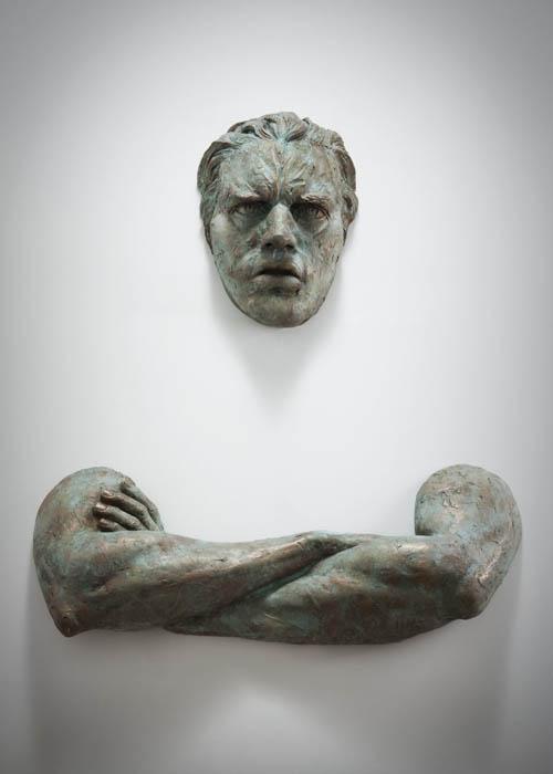 sculptures that emerge vanish into walls matteo pugliese 6 Amazing Sculptures That Emerge from Walls