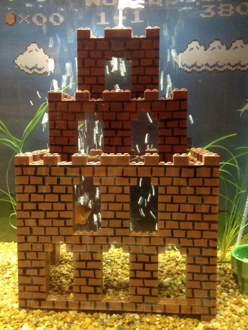 super mario fish tank aquarium 9 This Super Mario Fish Tank is Awesome