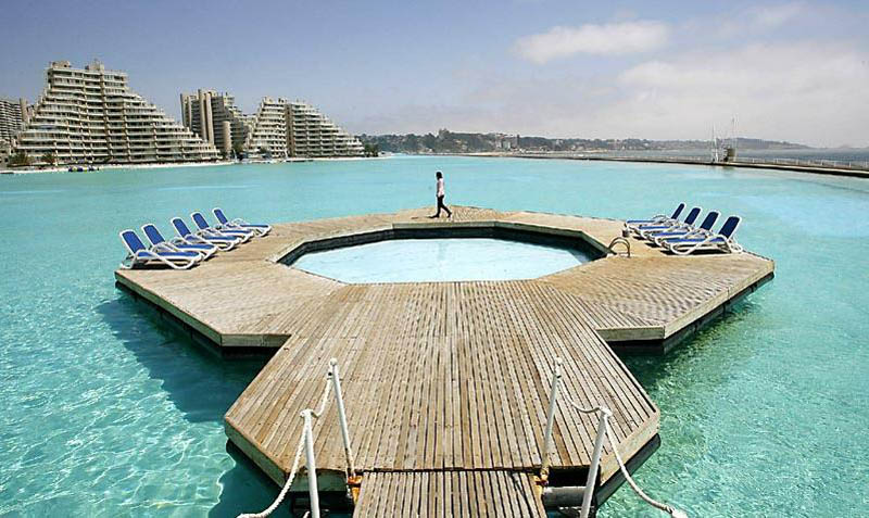 worlds largest swimming pool san alfonso del mar chile 2 The Largest Swimming Pool in the World
