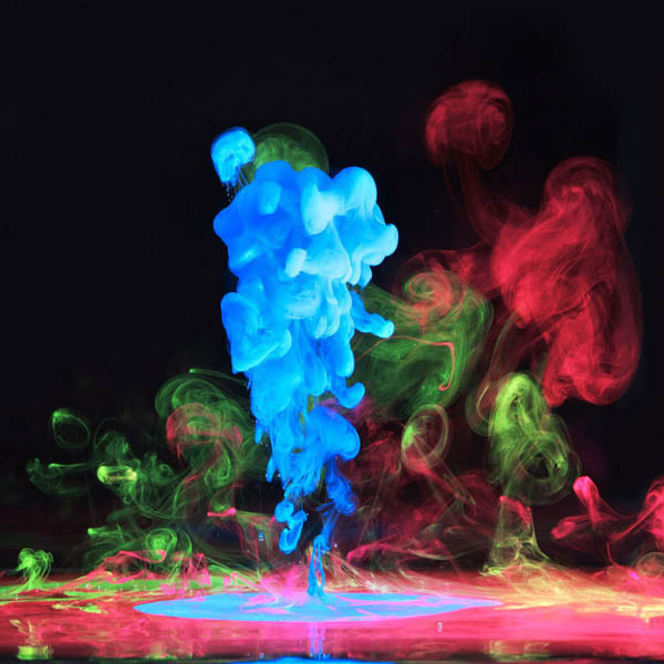 colored ink in water aqueous mark mawson 8 Ink Explosions Under Water by Mark Mawson