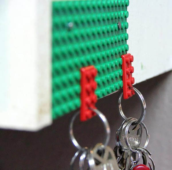 use lego board and pieces as key holder at home