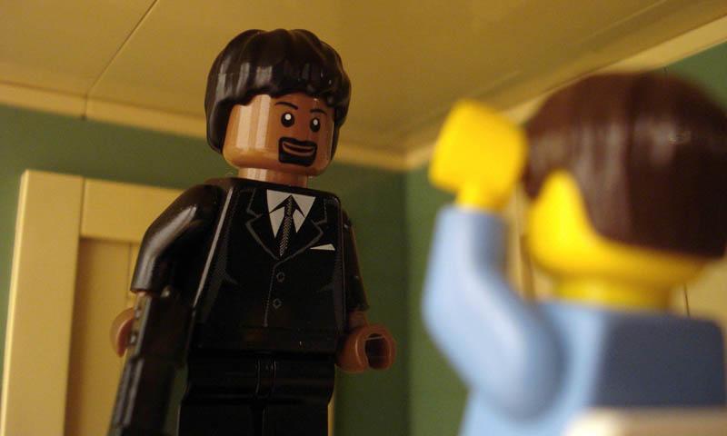 recreating movie scenes from lego alex eylar pulp fiction Recreating Famous Movie Scenes with Lego