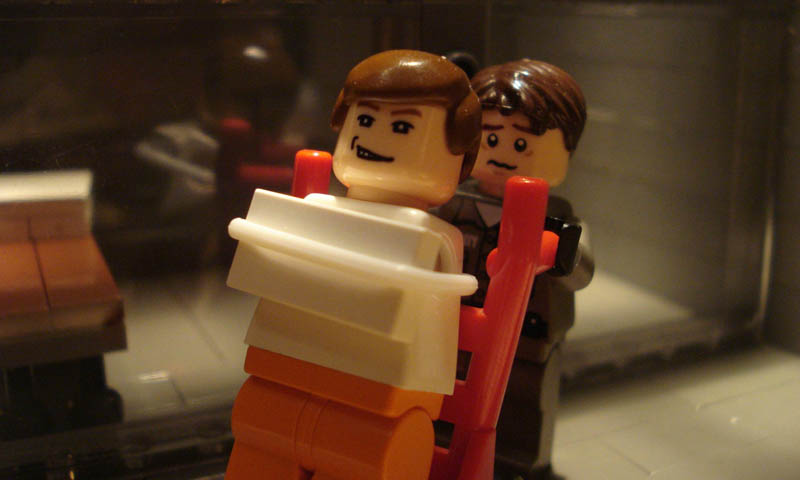 recreating movie scenes from lego alex eylar silence of the lambs Recreating Famous Movie Scenes with Lego