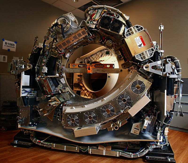 what a ct scanner looksl like Picture of the Day: What a CT Scanner Looks Like
