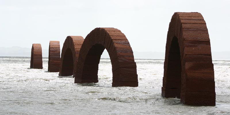 andy goldsworthy arches 2 The Incredible Sculptures of Gibbs Farm