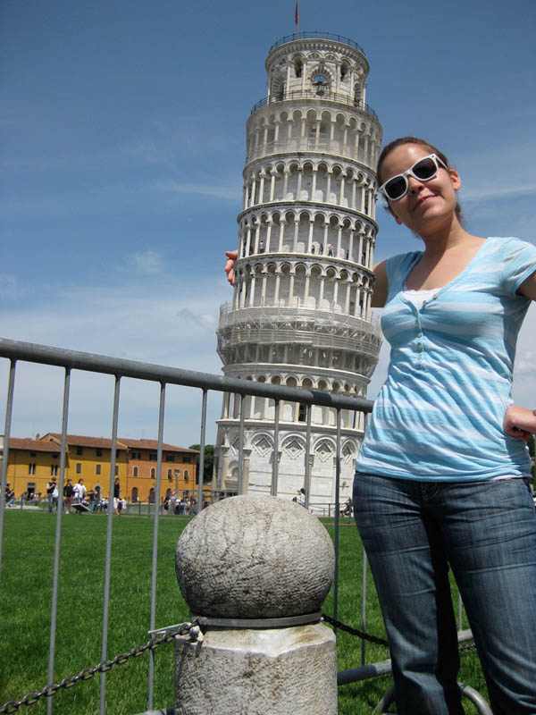 leaning tower of pisa funny 7 Ten Alternatives to Leaning on the Tower of Pisa