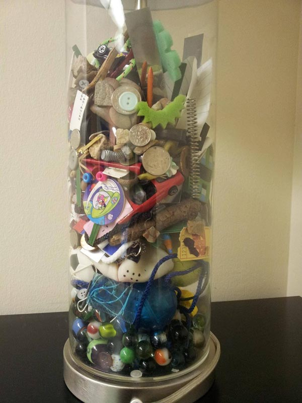 mom fills lamp with everything found in sons pockets while doing his laundry 1 Mom Gives Son Lamp Filled With Items She Found Doing His Laundry Growing Up